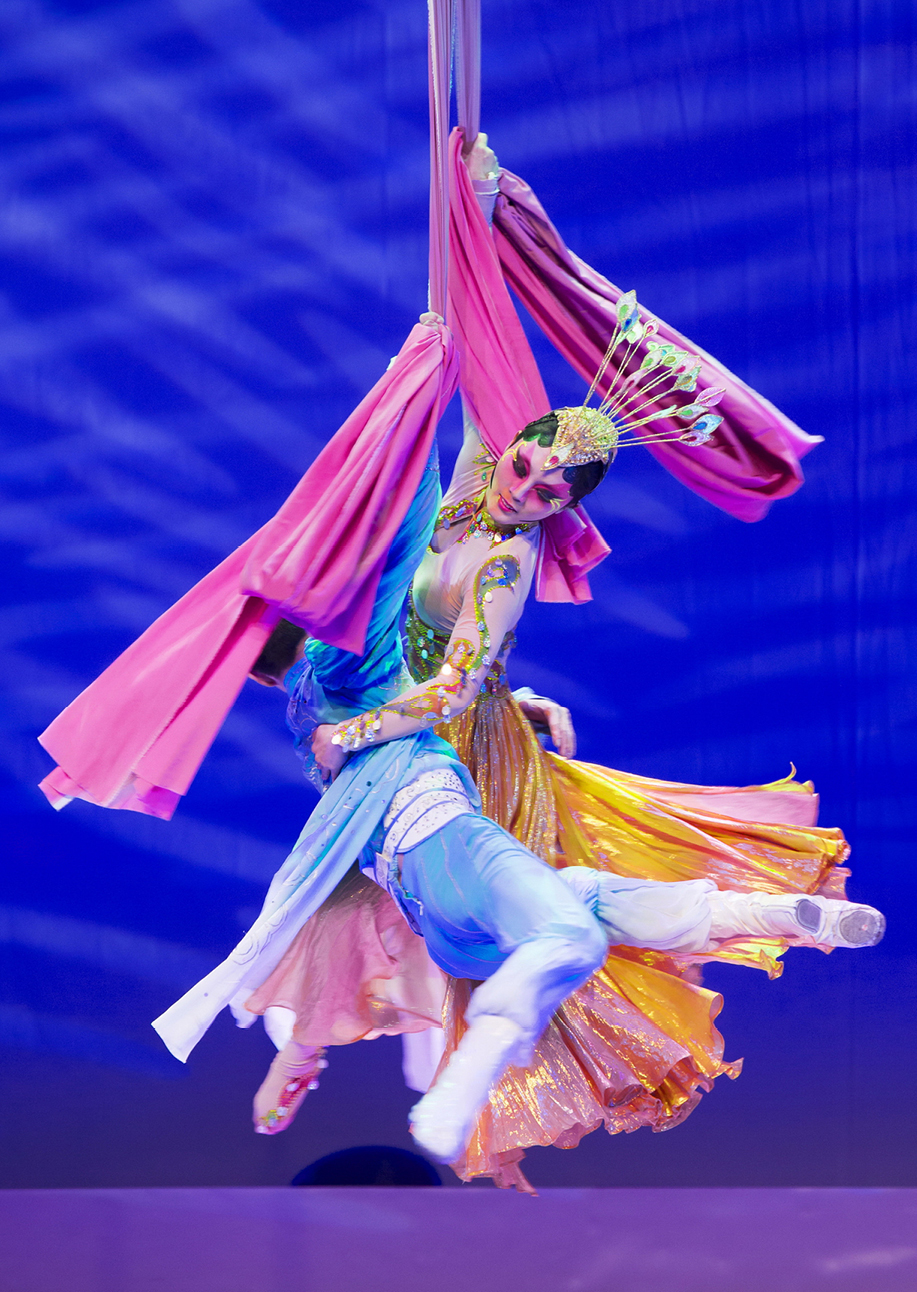 Performance Santa Fe<br> Shanghai Acrobats